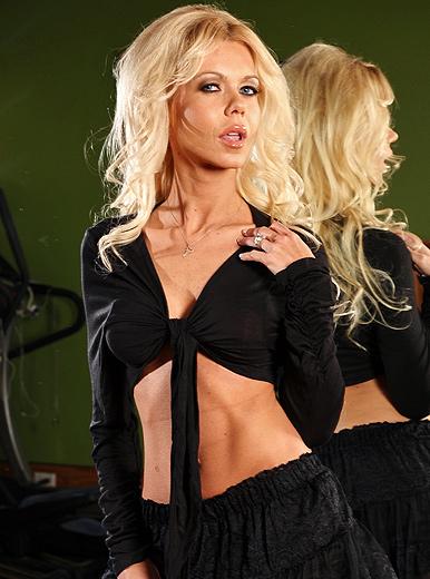 Barbi Sinclair - XXX Pornstar