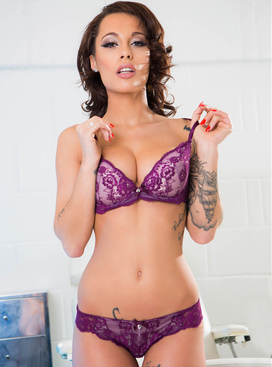 Nikita Bellucci - XXX Pornstar