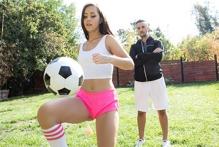 Alina Lopez &...