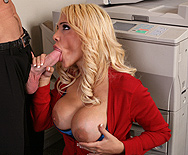 The Cure for Claustrophobia - Carmel Moore - 2