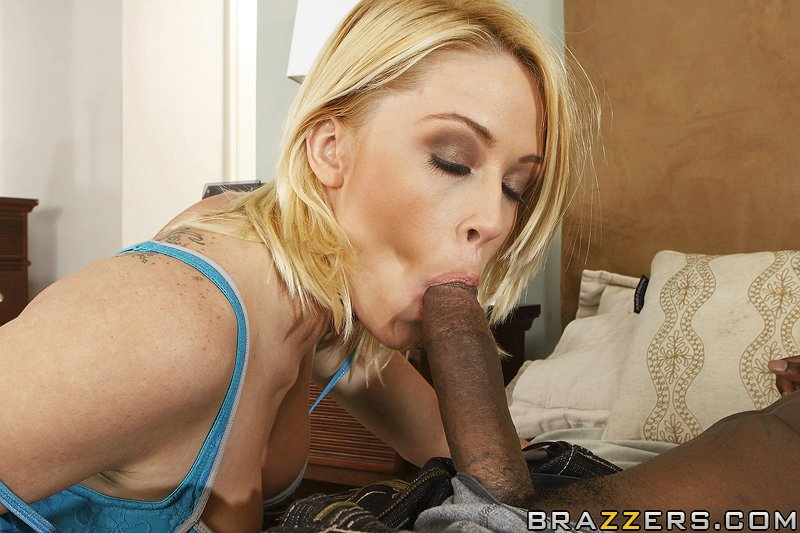 Bubbly Teen Loves The Black Man - HQ Pics Sample #7