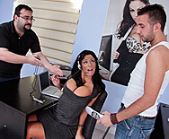 Customer Satisfaction - Angela Aspen - 1