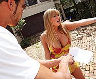 Move get out the way!! - Shyla Stylez - 1