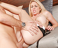 Peeping Mom - Angela Attison - 4