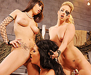 Beyond  The Thunderclit - April O'Neil - Elle Michaels - Kiara Diane - 3