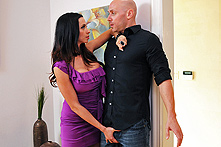 Ariella Ferrera in Digging For Trouble - Picture 1