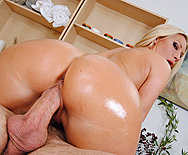Hot Stone Massage - Devon Lee - 3