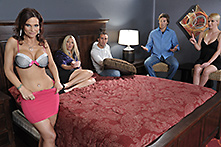 Syren DeMer in Interventionzz: Syren DeMer - Picture 1
