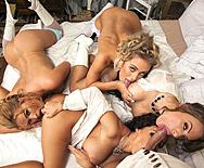 In-Tit-Pendence Day - Jenna Presley - Juelz Ventura - Krissy Lynn - Nicole Aniston - 1