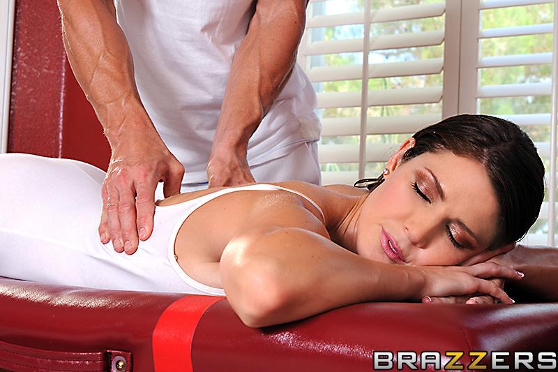 Порно brazzers массажист