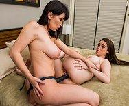 Your Horny Neighborhood Lesbian - RayVeness - Tessa Lane - 4