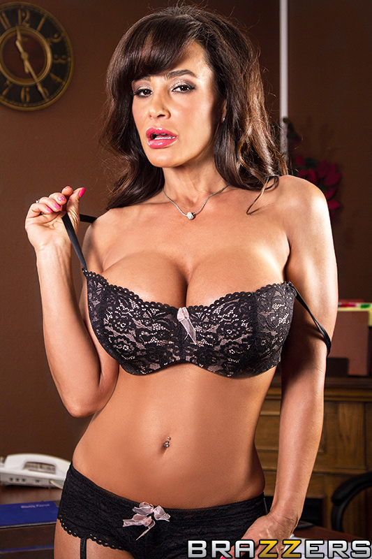 Lisa Ann Galleries - Click here !