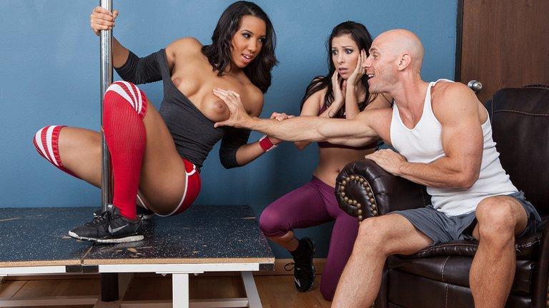 Смотреть онлайн порно Фитнес для шлюшки / Slutty Girl Fitness (Sophia Fiore