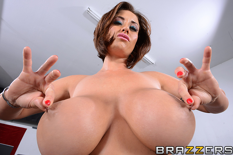 Rich bitch alena croft is a cuckold wife that loves big dick 6