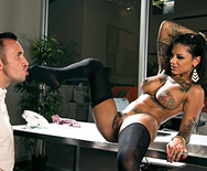 Squirting On The Job - Bonnie Rotten - 2