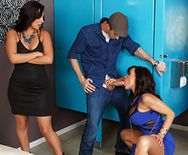 Club Cougar Steals The Cock - Lisa Ann - 2